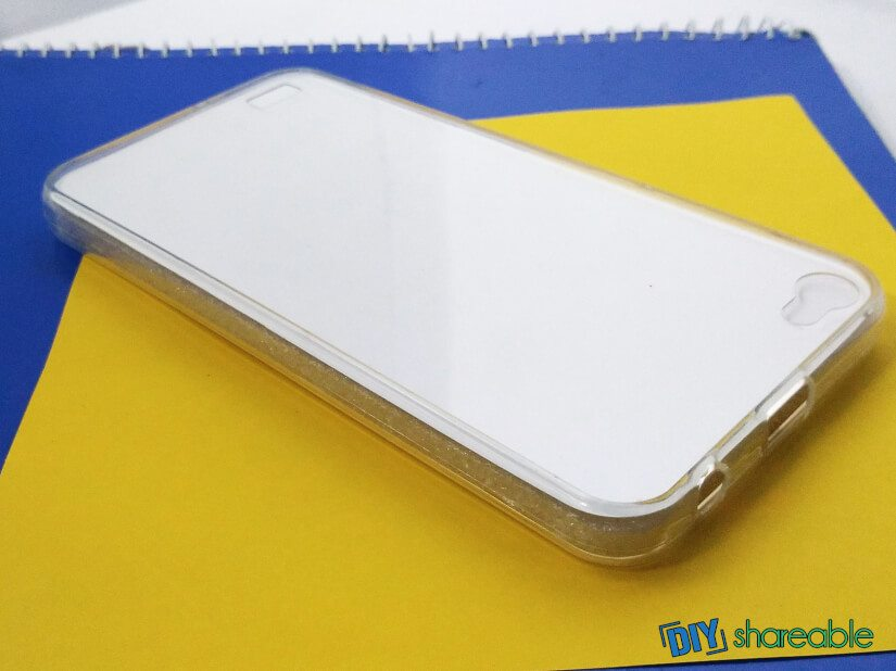 materials needed to make a cute case -paper, transparent phone case