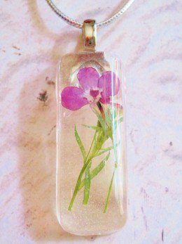 resin pressed flower pendant statement necklace