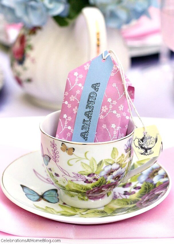 diy adult party favors tea-and-cookies in cute tea bag pouch