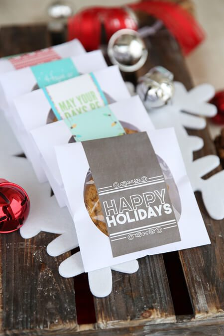 diy adult party favors CD Cellophane wrapped cookies