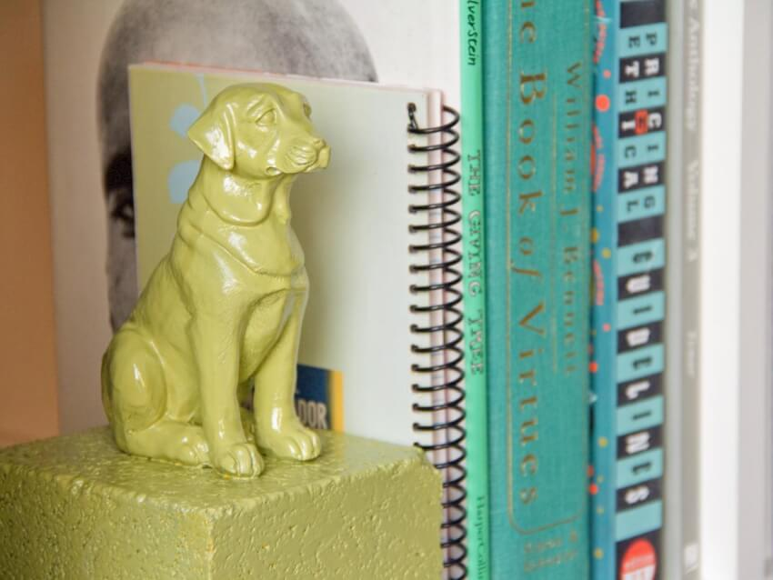 Extremely sturdy bookends that you can make with your favorite objects