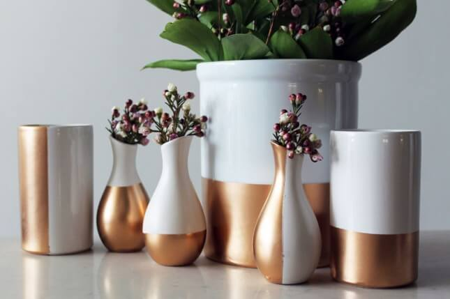 "Beautiful vases ""dipped"" in gold using gold spray paint"