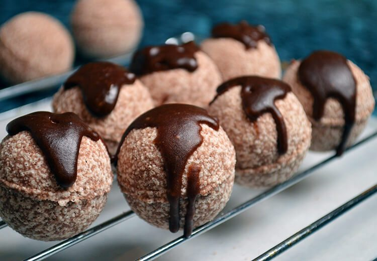 Hot cocoa bombs made with cocoa powder and cocoa butter....your skin loves the caffeine as much as coffee drinkers do!