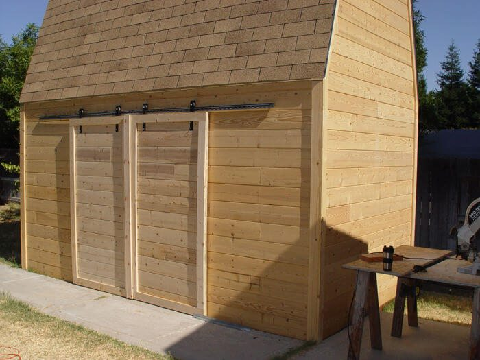 outdoor sliding barn doors using skateboard wheels