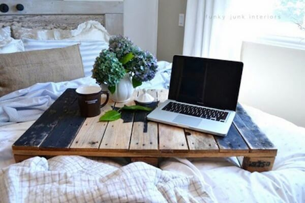 DIY pallet bed tray perfect for breakfast in bed or catching up on work.